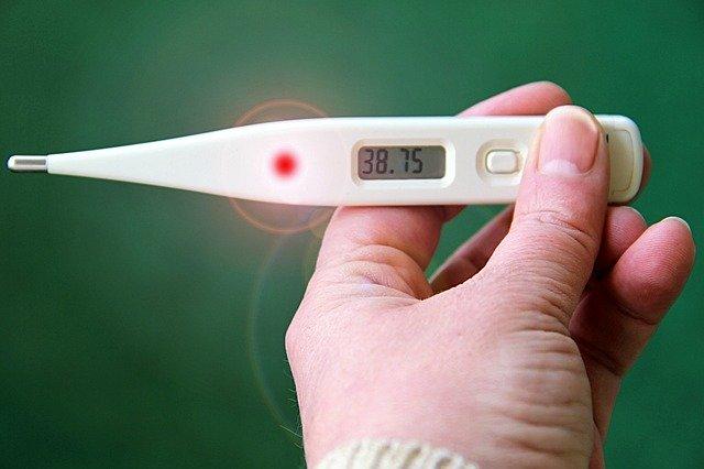como diferenciar entre infeccion y resfriado